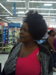 Auntie was working her fro *snaps*